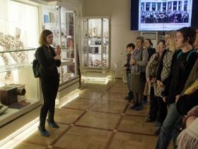 Экскурсия глухих и слабослышащих в Мариинский дворец